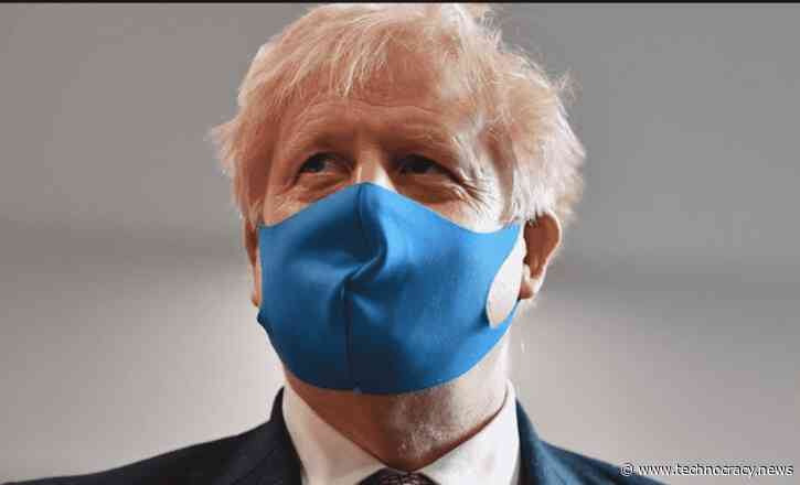 'Freedom Pass': UK to Introduce Covid Immunity Passports