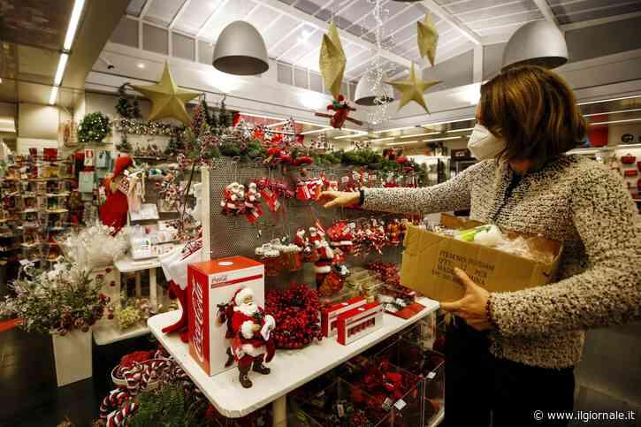 """Minaccia di Natale. Controlli e multe per lo shopping a """"numero chiuso"""""""