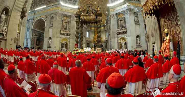 """Con il Covid il Concistoro diventa virtuale: il Papa nominerà 13 cardinali in collegamento web. """"Bel gesto per noi porporati più anziani"""""""