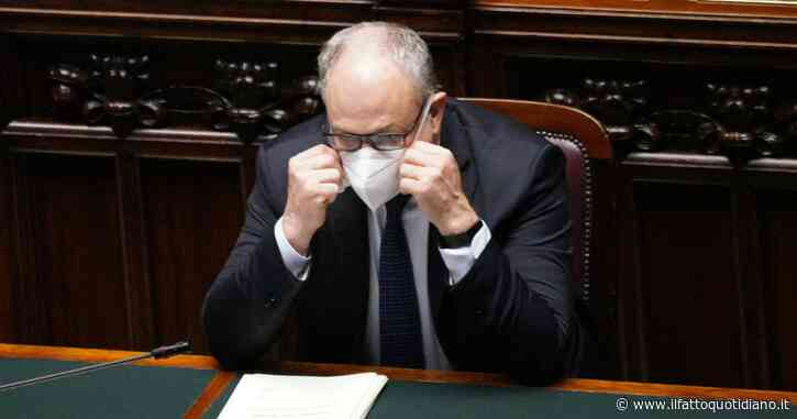 """Gualtieri: """"Con il prossimo decreto ristori rinvio delle tasse per tutte le imprese con perdite"""". In manovra altri 2,5 miliardi per la sanità"""
