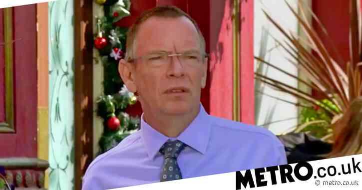 EastEnders spoilers: New trailer confirms murder plot but who wants Ian Beale dead?