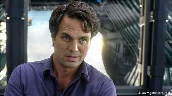 Bruce Banner Is Deadpool's Dad In Netflix Time Travel Movie