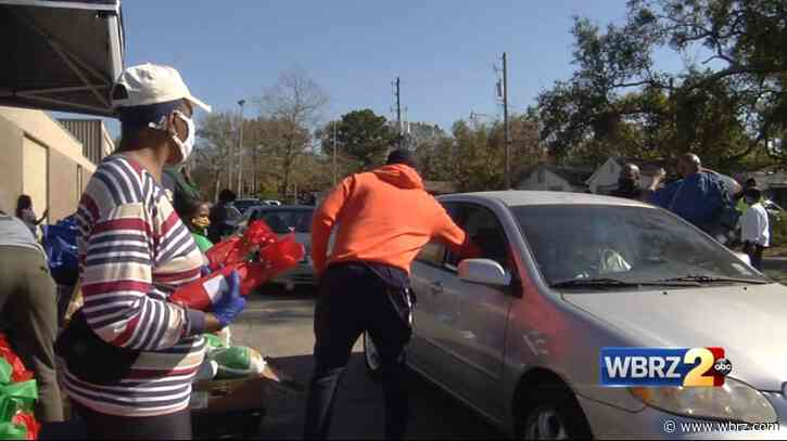 More than 500 turkeys given away to local families in need