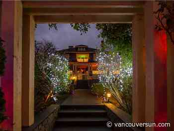 District of North Van mulls making Christmas displays go dark in wee hours