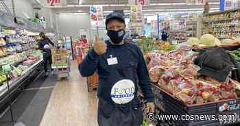 Grocery store workers fear getting sick as coronavirus cases continue to climb - CBS News