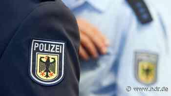 Laatzen: Bundespolizei stellt sieben mutmaßliche Randalierer - NDR.de