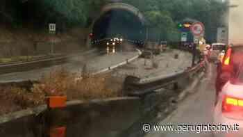 Incidente in superstrada a Bastia Umbra: auto ribaltata e lunghe code di vetture - PerugiaToday