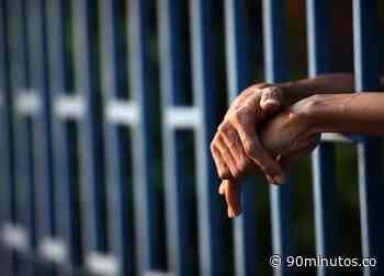 Cárcel a hombre acusado de violencia intrafamiliar en... - 90 Minutos