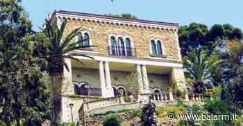 """Fu costruita dai discendenti dell'ammiraglio Nelson: a Taormina c'è un """"pezzo di storia"""" in vendita - Balarm.it"""