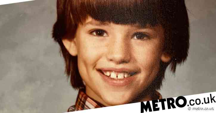 Jennifer Garner's famous friends in stitches as she unveils questionable $8 haircut in throwback snap
