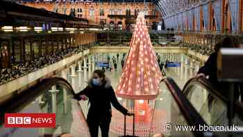 Covid-19: Plan Christmas travel 'carefully', says Grant Shapps