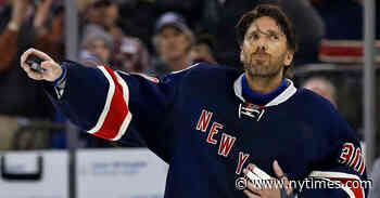 Henrik Lundqvist Signs One-Year Contract With Capitals