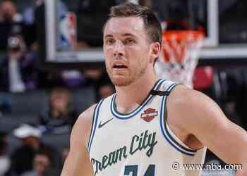 Milwaukee Bucks Re-Sign Pat Connaughton