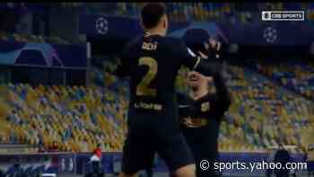Sergiño Dest becomes first American to score for FC Barcelona