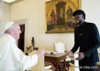 Jonathan Isaac Meets with Pope at Vatican as Part of NBPA Delegation
