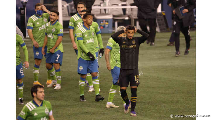LAFC falls to Seattle in Western Conference playoff opener
