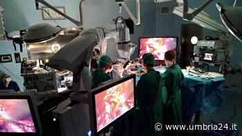 Intervento al cervello con microscopio in 3D: le immagini da Terni - Umbria 24 News