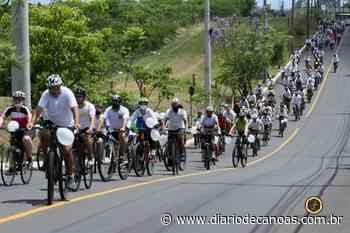 Ciclistas se reúnem para pedir paz - Diário de Canoas