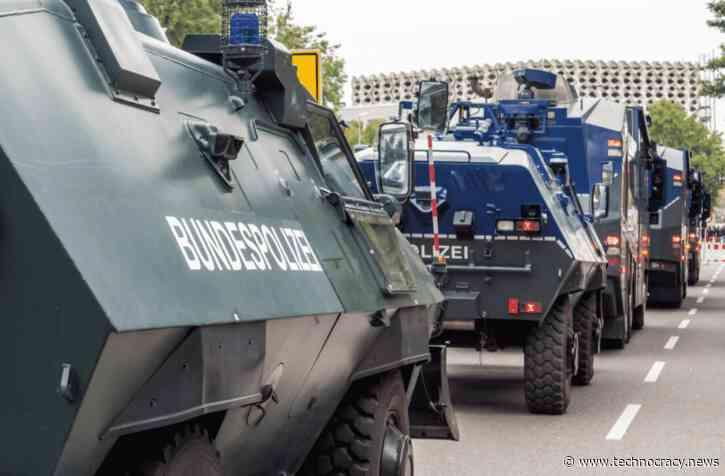 German Police Dispense Violence To Anti-Lockdown Protestors