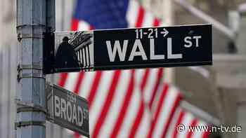Verkürzte Handelswoche: Dow kommt nach Rekord zurück - Tesla nicht