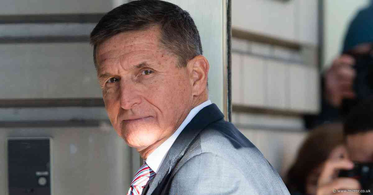 Donald Trump pardons Michael Flynn who lied to FBI over Russia contacts