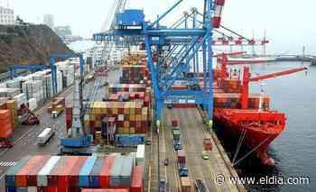 Fuerte caída del superávit comercial por el desplome de las exportaciones - Diario El Dia