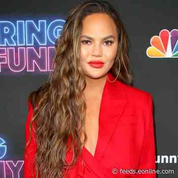 "Chrissy Teigen Defends Meghan Markle From ""Piece of S--t"" Internet Troll After Miscarriage News"