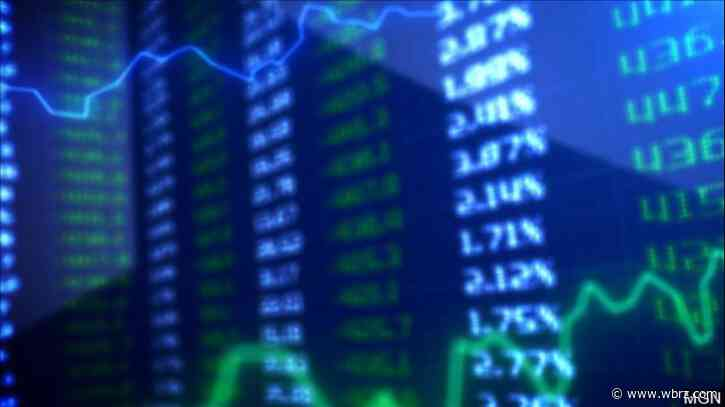 Global shares mostly rise after Wall Streets pause