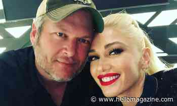 Gwen Stefani and Blake Shelton look loved up in adorable Thanksgiving selfie