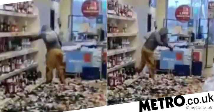 Woman smashes up Aldi alcohol aisle smashing 500 bottles in five minutes