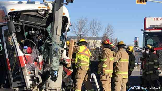 Calgary Transit bus involved in serious crash in southeast intersection