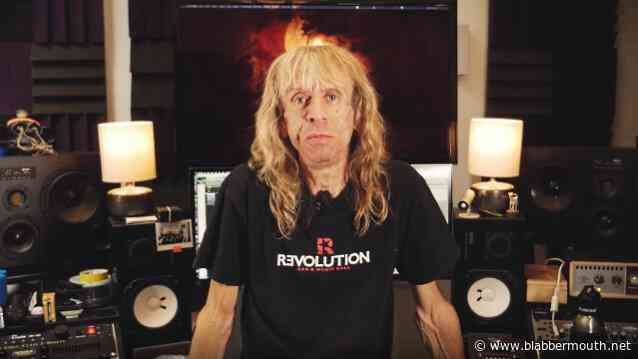 DIAMOND HEAD's BRIAN TATLER Says METALLICA Did His Band 'A Huge Favor' By Covering Its Songs
