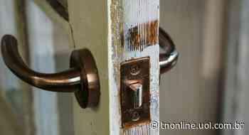 Casa é alvo de arrombamento e furto em Faxinal - TNOnline - TNOnline
