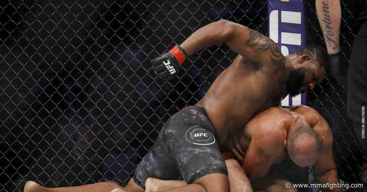 UFC full fight video: Curtis Blaydes mauls Shamil Abdurakhimov, scores second-round TKO