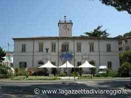 Caos mascherine a Massarosa, l'opposizione incalza » La Gazzetta di Viareggio - lagazzettadiviareggio.it