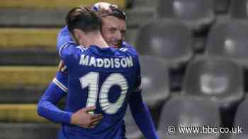Vardy sends Leicester into last 32 after dramatic finale