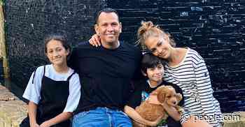 Alex Rodriguez Says to 'Count Our Blessings' as He Shares Photos with Jennifer Lopez and Kids - PEOPLE