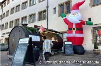 """Ersatz-Weihnachtsmarkt in Stuttgart - Schausteller kritisieren """"zweierlei Maß"""" beim Glühwein to go - Stuttgarter Nachrichten"""