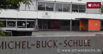 Teure Überraschung: Sanierung des Schulflachdachs in Ertingen verschlingt 110000 Euro - Schwäbische