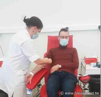 Oproep genezen coronapatiënten van Rode Kruis kent succes - Het Nieuwsblad