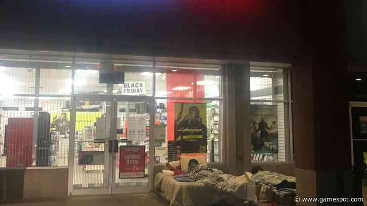 People Are Camping Outside GameStop For A Chance To Buy A PS5 Or Xbox Series X