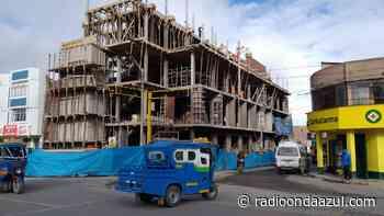 Refieren que empresa ejecutora del Centro Cívico de Macusani corregirá deficiencias durante diciembre - Radio Onda Azul