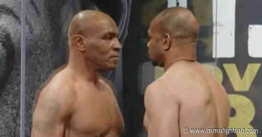 Tyson vs. Jones Jr. weigh-in results: Mike Tyson outweighs Roy Jones Jr. by over 10 pounds
