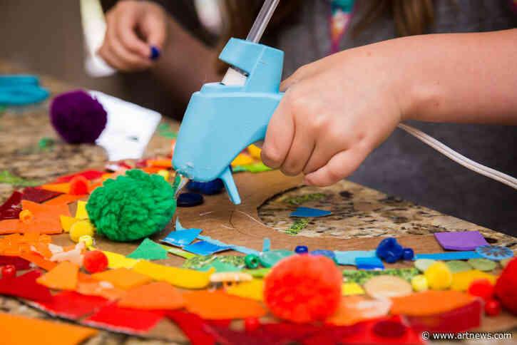 We've Found the Best Black Friday Weekend Deals on Children's ArtSupplies