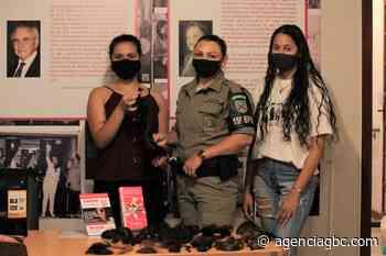 Brigada Militar de Canoas entrega mechas de cabelos para o Instituto da Mama - Agência GBC