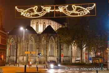 De lichtgevende draakjes zijn aangestoken in Gent (Gent) - Het Nieuwsblad
