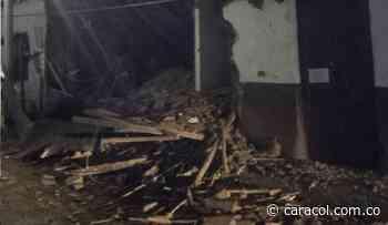 Colapsó vivienda en Curití por lluvias - Caracol Radio