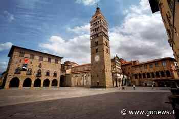 Il Comune di Pistoia aderisce alla Festa della Toscana illuminando il Palazzo comunale - gonews