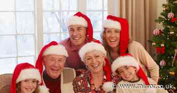 Families must isolate for 10 days for Christmas with elderly, scientists warn
