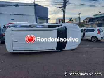 ASSISTA O VÍDEO: Caminhonete capota após colisão na Duque de Caxias - Rondoniaovivo